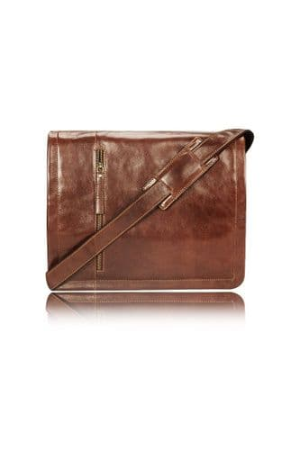 Leather Messenger Bag in Brown:Enzo